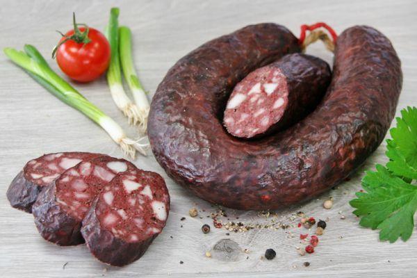 Fleischrotwurst im Ring